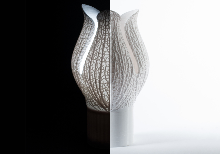 Calyx Lamp on / off