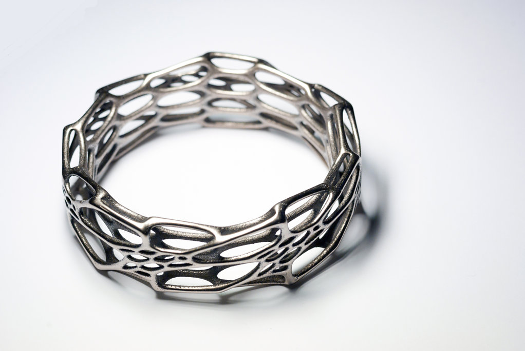 81-cell-cycle-morphed-bracelet-in-3d-printed-stainless-steel.jpg