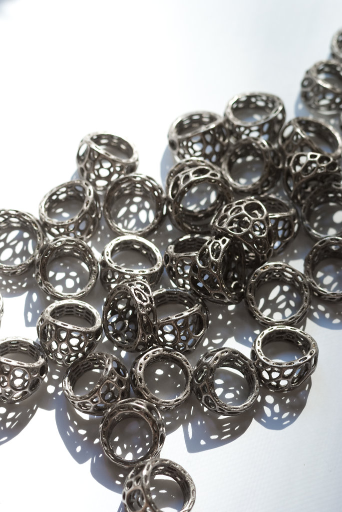 83-cell-cycle-2-layer-rings-in-3d-printed-stainless-steel.jpg