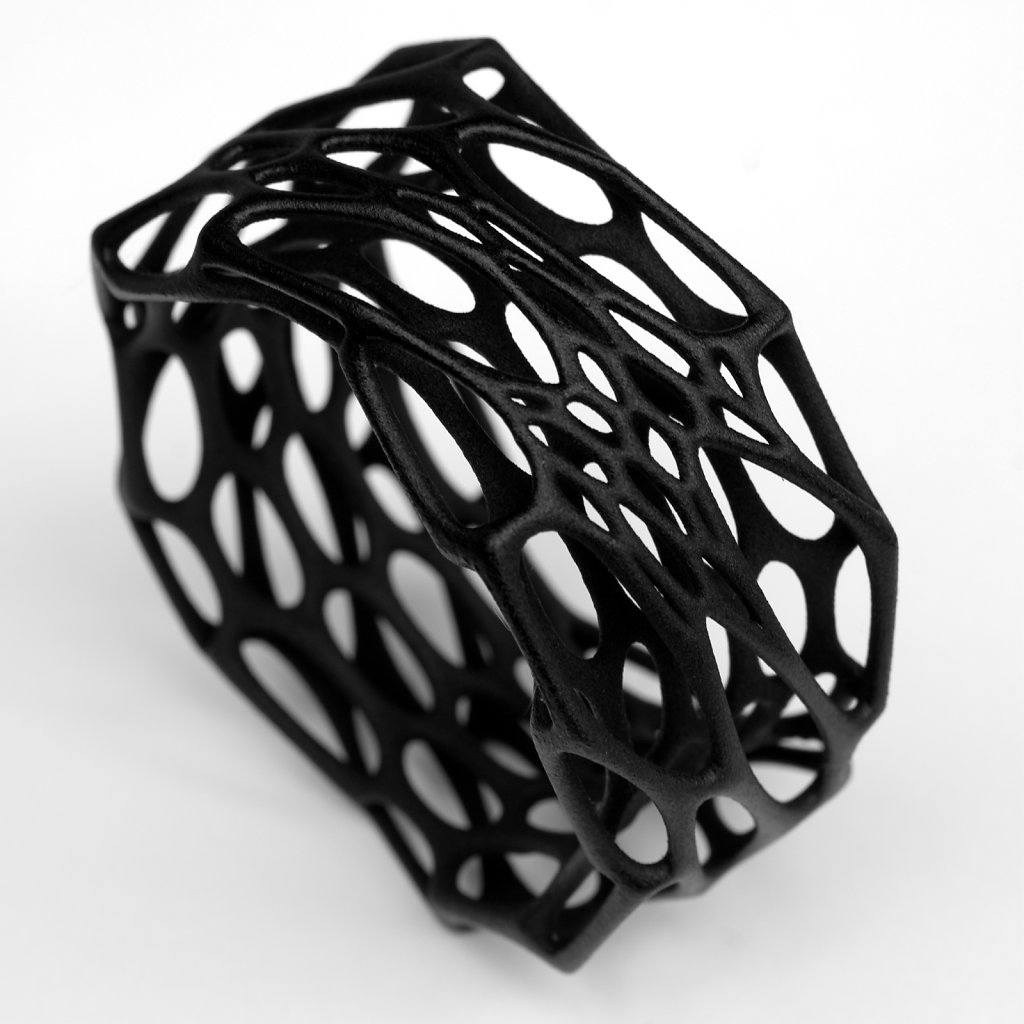 86-cell-cycle-interstice-bracelet-in-black.jpg