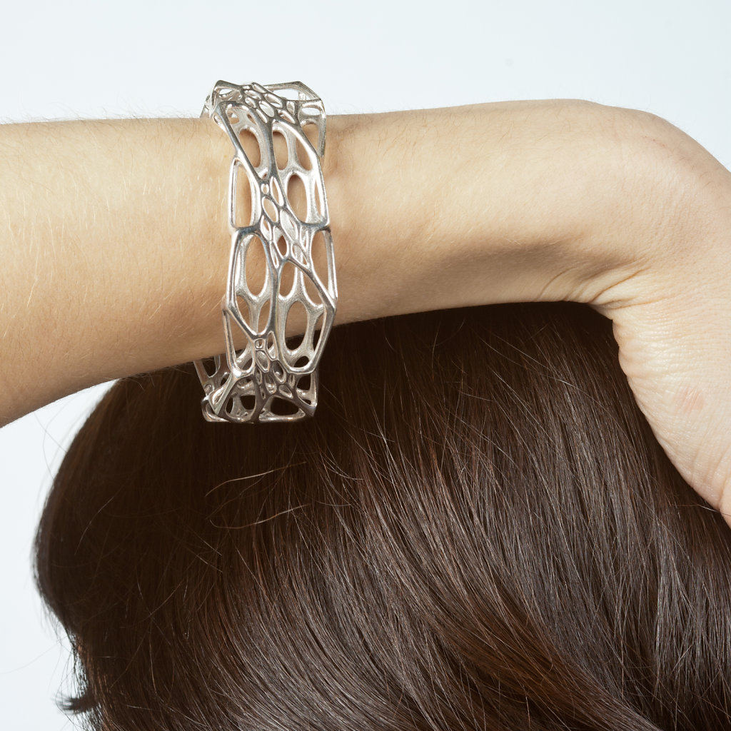 43-silver-morph-bangle-2.jpg