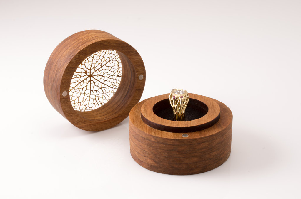 custom engagement ring box