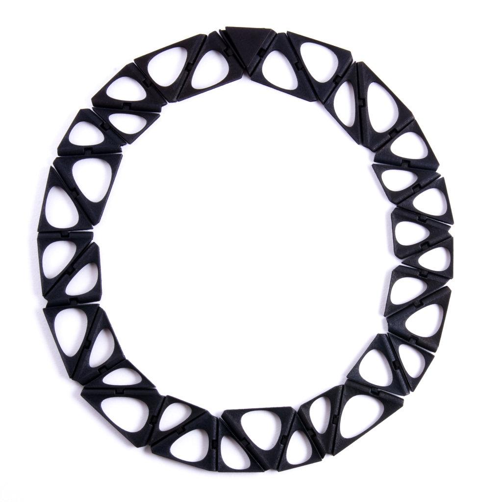 30-smooth-kinematics-35n-in-black.jpg