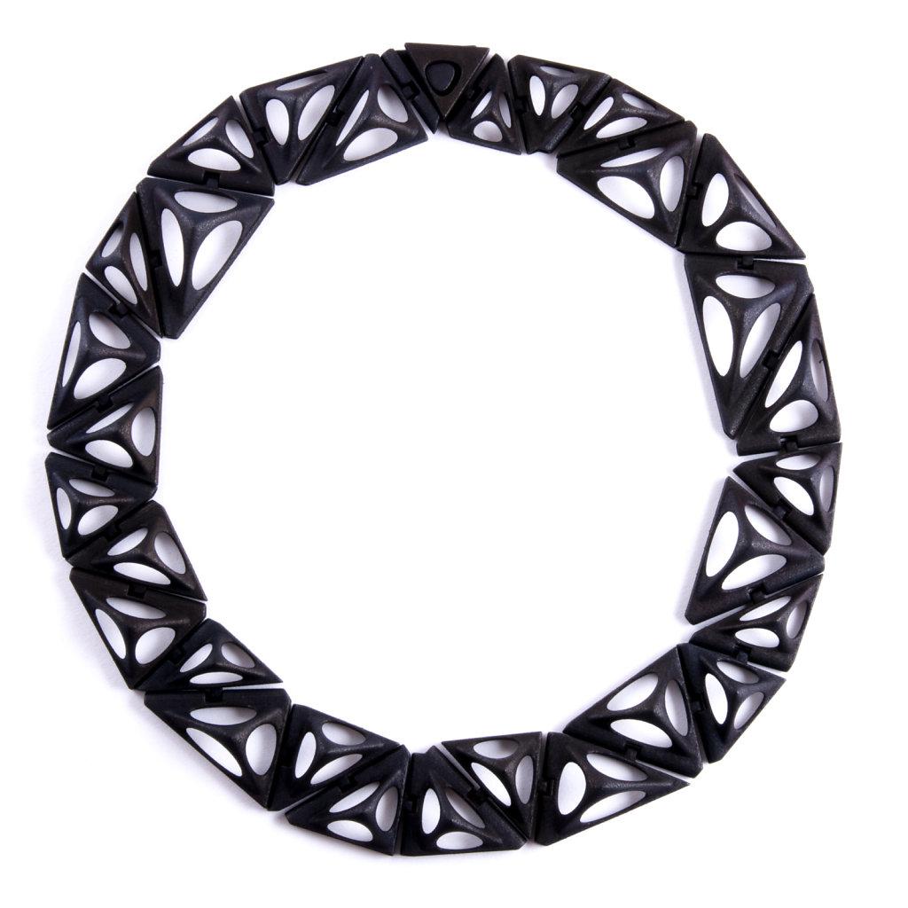 31-tetra-kinematics-31n-in-black.jpg