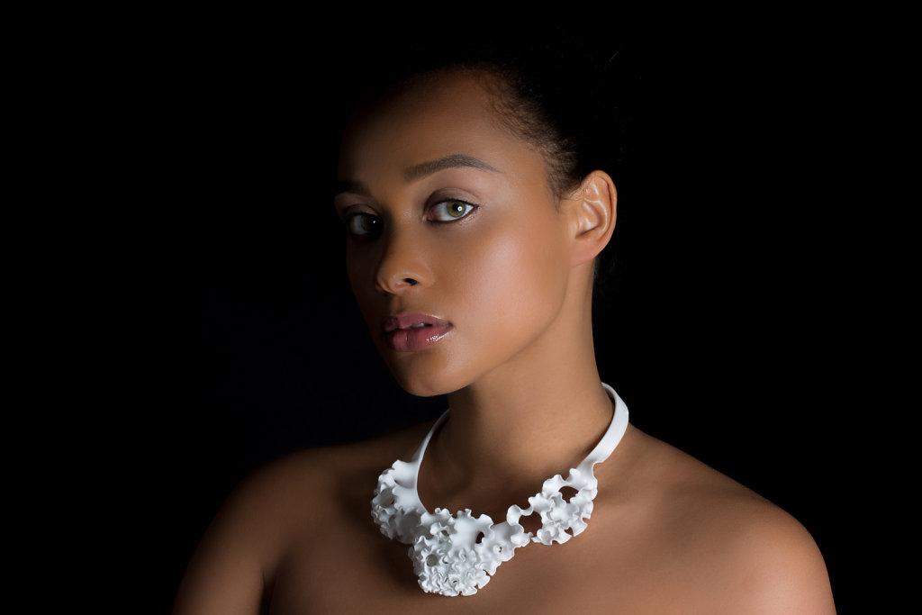 Florescence jewelry